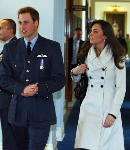Prince William propose Kate Middleton1 260x3001 Βασιλικός αρραβώνας