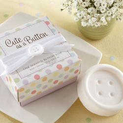 weddingstylt cute as a button button soap 250 Με κουμπιά και φαντασία