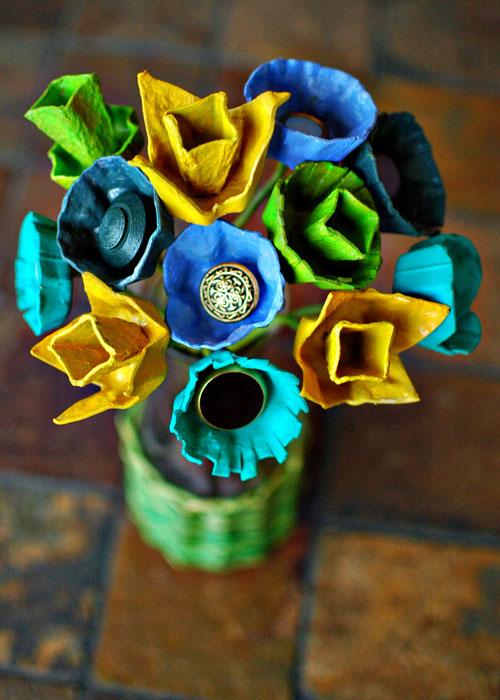 weddingstylist diyeggcartonbouquetgoodwebg Λουλούδια με κουμπιά