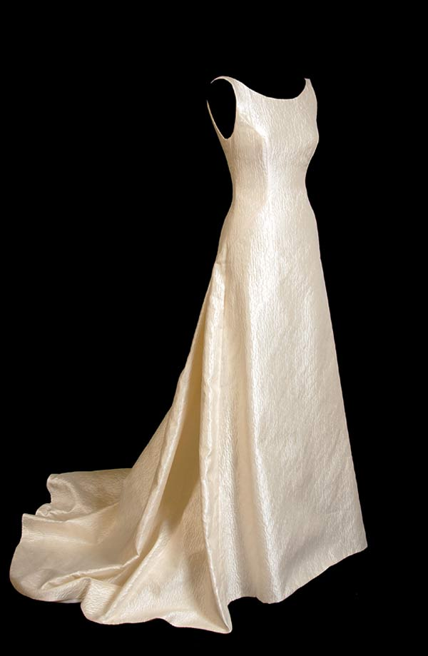 weddingstylist oldfield6 Bruce Oldfield Bridal Collection 2011
