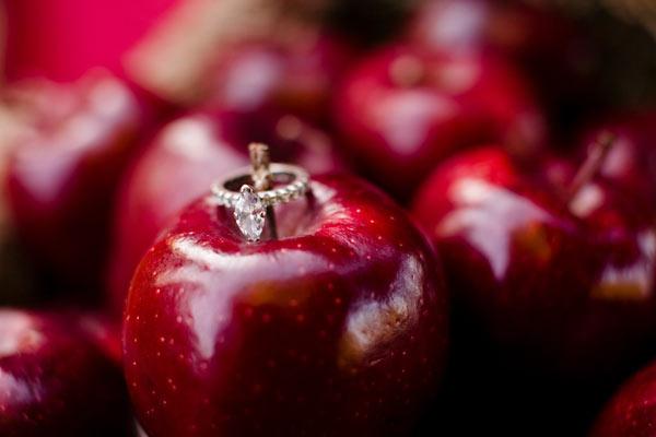 weddingstylist red black1 Έμπνευση σε κόκκινο και μαύρο