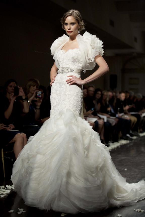wedding dress lazaro fall 2012 bridal gowns dramatic mermaid layered bolero Άνοιξη 2012  Νυφικά από την Tara Keely