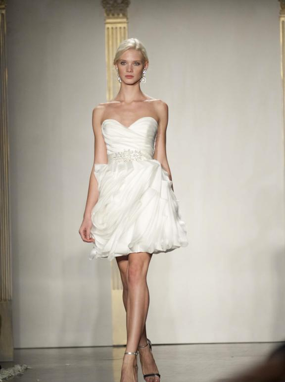 wedding dress lazaro fall 2012 bridal gowns little white dress sweetheart Άνοιξη 2012  Νυφικά από την Tara Keely