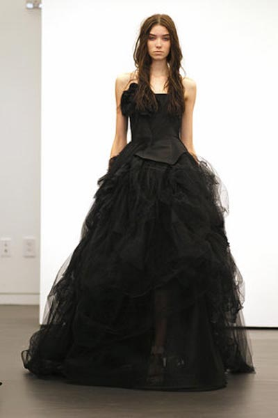 weddingstylist verawang121 Vera Wang Wedding Dresses/ Fall 2012