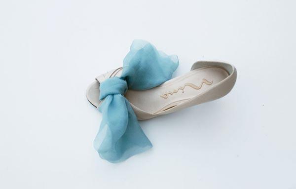 weddingstylist shoes 04 Στολίστε τα παπούτσια σας D.I.Y
