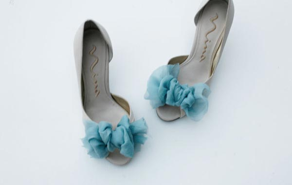 weddingstylist shoes 07 Στολίστε τα παπούτσια σας D.I.Y