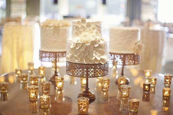 weddingstylist golddec7 Χρυσός γάμος