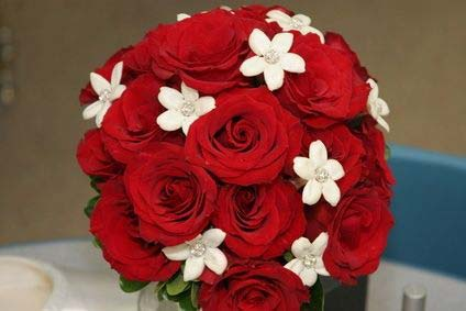 weddinstylist giasemi triantafylla gamos Τα 10 πιο δημοφιλή λουλούδια για γάμο