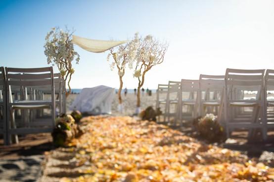 weddingstylist autumn beach wedding Φύσηξε στις καρδιές μας αέρας φθινοπωρινός
