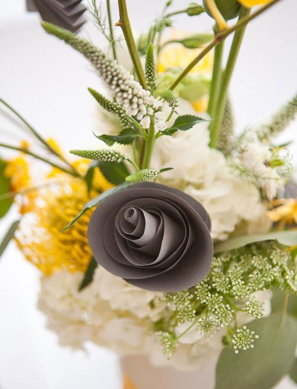 weddingsylist origami3 Origami λουλούδια για έναν μοντέρνο γάμο