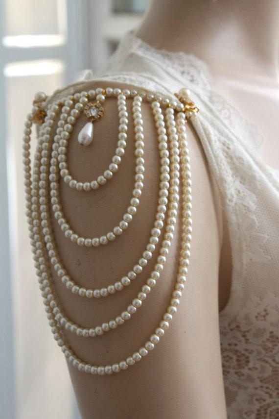 weddingstylist ivory accessories wedding Όταν το λευκό φίλντισι συναντά το μαύρο
