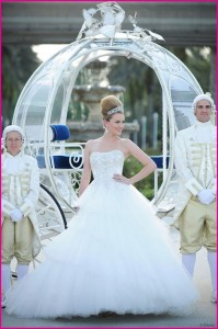 weddingstylist staxtopouta nyfiko 199x300 Disney Cinderella Platinum Wedding Gown
