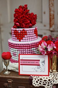 weddingstylist_valentinescakes